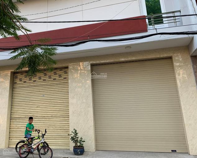 Cho thuê MTKD đường Tô Hiệu, DT: 8x15m, quận Tân Phú. LH: 0903138144