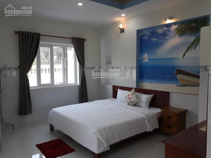 Chính chủ cần bán nhà nghỉ 6 tầng 18 phòng tại Đặng Xá, Gia Lâm