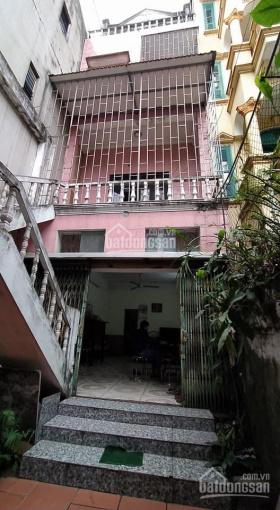 Bán gấp đất tặng nhà 4 tầng gần phường Sài Đồng. DT 114m2, MT 4m, đường trước nhà 7m LH: 0988031489