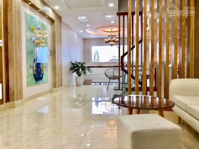 Nhà mặt tiền Nguyễn Trãi, cạnh Lê Hồng Phong, DT 5m x 22m trệt 2 lầu giá 45 tỷ 0915938079