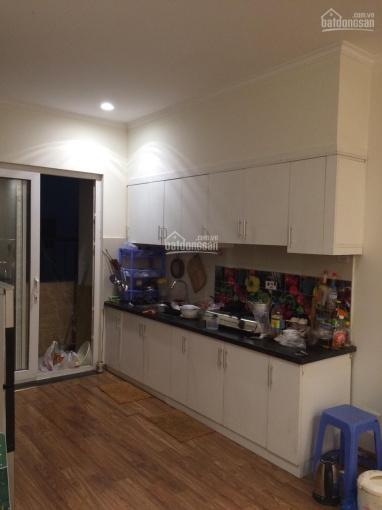 Cho thuê chung cư HH4A Linh Đàm, đường Linh Đường, Hoàng Mai, 70m2 2PN nhà đẹp, 6tr/th. 0988296228