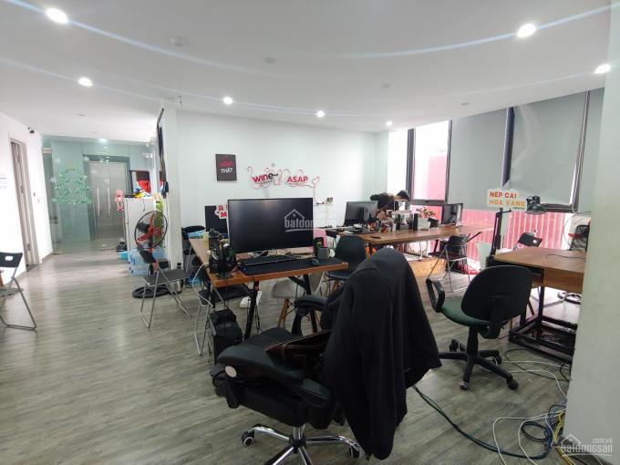 Chính chủ cho thuê gấp sàn văn phòng ngõ 92 Láng Hạ DT 110m2 sàn đẹp, ngõ ô tô giá thuê: 18 tr/th