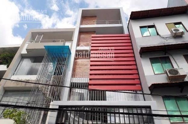Gia đình cần cho thuê nhà góc 2 mặt tiền đường Điện Biên Phủ, Đa Kao, Quận 1