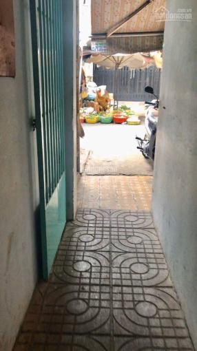 Cần bán nhà cấp 4 mặt chợ Tân Hương, Tân Phú, 102.8m2, nở hậu, đang cho thuê 5 kiot, 0909246046