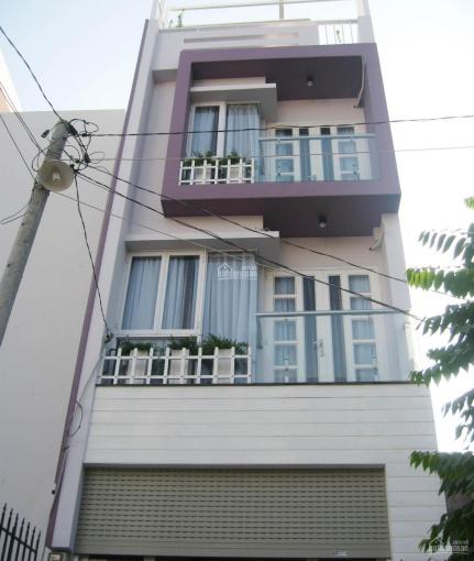 Chính chủ bán nhà mặt tiền Nguyễn Trãi, Quận 5, DT: 4.2 x 22m, trệt + 1 lầu, 26 tỷ