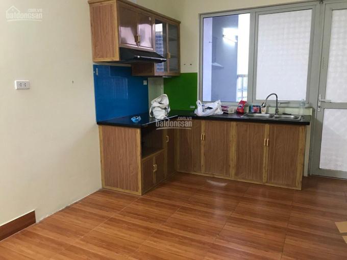 Tôi cần bán chung cư 536A Minh Khai, 56m2, 2PN, 2VS