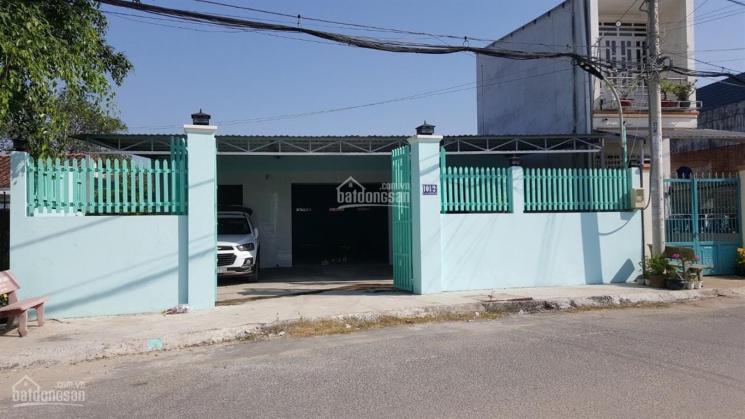Xưởng bán 10x30m, mặt tiền nhựa 8m, xã Xuân Thới Sơn, gần ngã 4 Hóc Môn