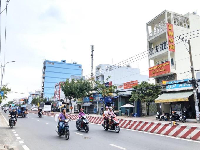 Nhà mặt tiền đường Huỳnh Tấn Phát 4.5x21m 5 lầu 15.3 tỷ TM