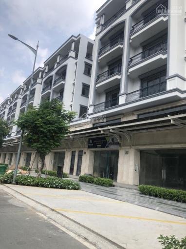 Shophouse mặt tiền Nguyễn Thị Nhung 5m x 20m, 7m x 20m giá từ 11 tỷ, LH 0931422456