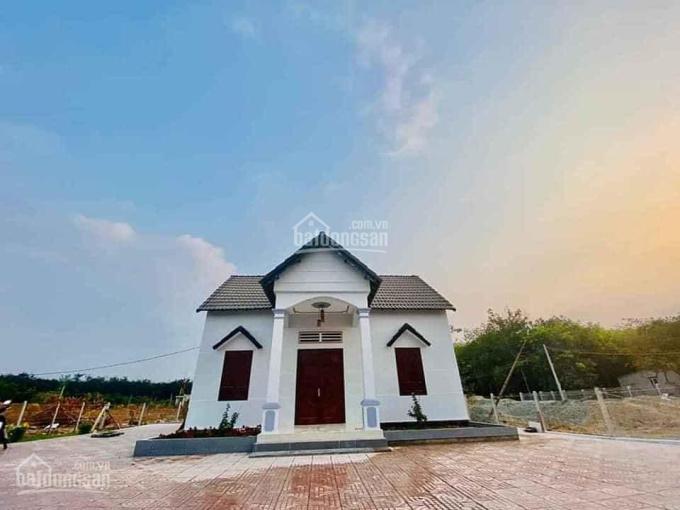 Bán nhà đẹp giá rẻ TT Chơn Thành - Bình Phước, đường Cao Bá Quát 32m. Giá chỉ hơn 3 tỷ DT: 20x40m