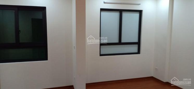 Bán nhà ngõ phố Pháo Đài Láng, Đống Đa, Hà Nội, DT: 40m2, xây 6 tầng mới, giá: 4,55 tỷ