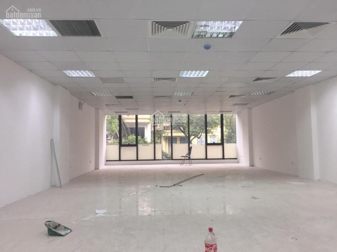Cho thuê sàn văn phòng siêu đẹp, giá rẻ mặt phố Thi Sách, 170m2, MT 8m, giá 267.132 đ/m2/tháng