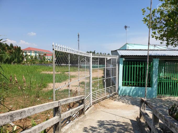 Bán đất hẻm 1400m2 gần cổng phà Bình Khánh ảnh 0