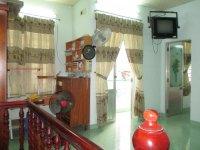 Chính chủ cần cho thuê nhà riêng 1 trệt 1 lầu Lý Thánh Tôn, trungt tâm Nha Trang. LH 0905496117