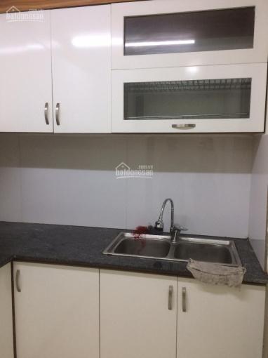 Chính chủ cho thuê căn hộ CC Hà Nội Homeland, DT: 59m2, có 2PN 2vs có đồ giá 6 tr/th LH: 0902227009