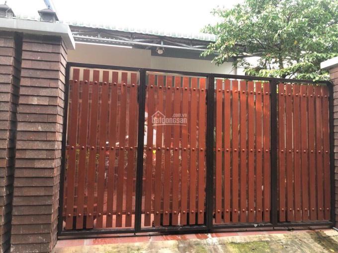 Bán căn nhà 4 phòng ngủ, ngang 8x28m, cách đường Nguyễn Chí Thanh 30m