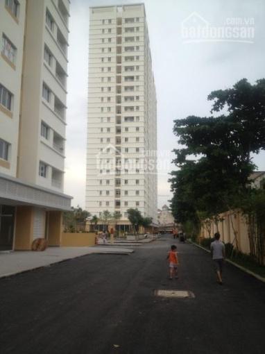 Bán căn hộ Lotus Garden, DT 72m2, 2PN, giá 2.1 tỷ, ngân hàng cho vay 80%. LH: 0902456404