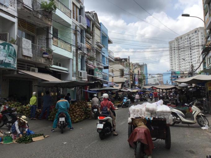 Cho thuê mặt bằng ngay trung tâm chợ Quận Tân Bình, kinh doanh sầm uất