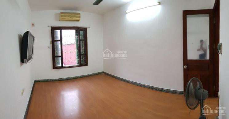 Bán nhà chung cư TT E2B Phương Mai, căn góc 2 mặt thoáng, 3 PN đều có cửa sổ, chưa cơi nới