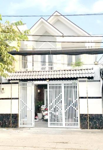 Cho thuê nhà 1 lầu mặt tiền đường Trần Xuân Soạn, quận 7