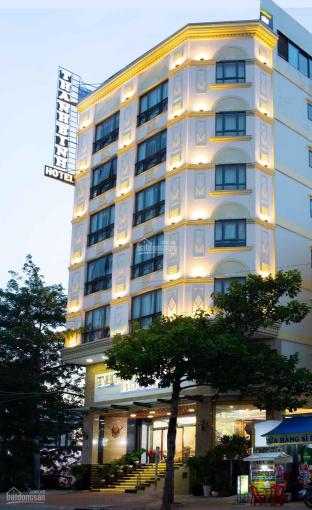 Cần bán gấp khách sạn 3 sao, quận 7, 53 phòng, giá tốt đầu tư. LH 0909 415 499 ảnh 0