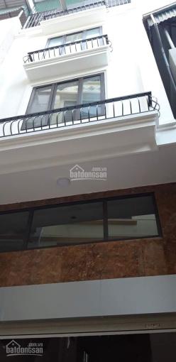Bán nhà Hữu Lê, Hữu Hòa, 5 tầng, 35m2, ôtô vào nhà, ngõ thông rộng 5m, kinh doanh tốt. Giá 2.2 tỷ