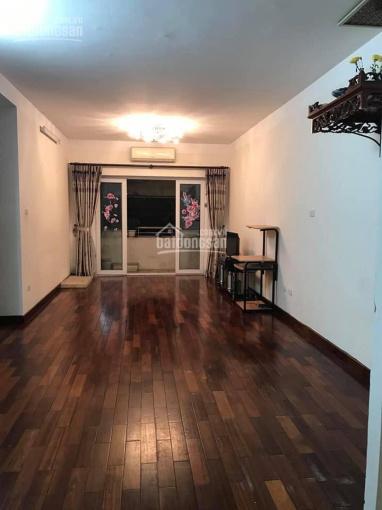 Cho thuê chung cư khu đô thị Việt Hưng, Long Biên nội thất cơ bản 80m2, LH: 0966632673