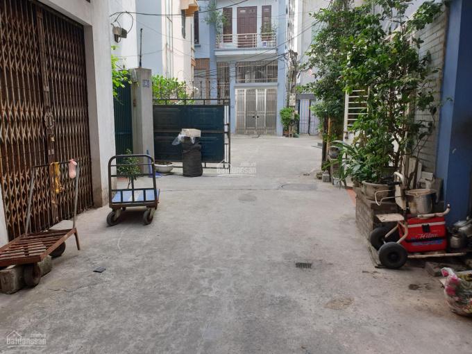 Bán nhà 4 tầng 68m2 ngõ 366 Ngọc Lâm, Long Biên, đường ô tô hướng Đông Nam