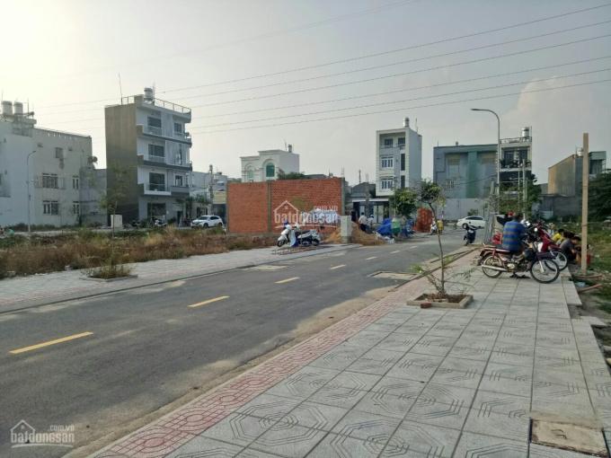Chính chủ bán gấp đất HXH 1154 Nguyễn Văn Qúa -Quận 12 , xây dựng liền gía 1ty8 nền SHR