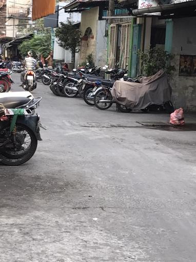 Hàng hot, nhà ngay bệnh viện Hòa Hảo góc Nguyễn Tri Phương Q10, DT gần 40m2, giá 5.5 tỷ