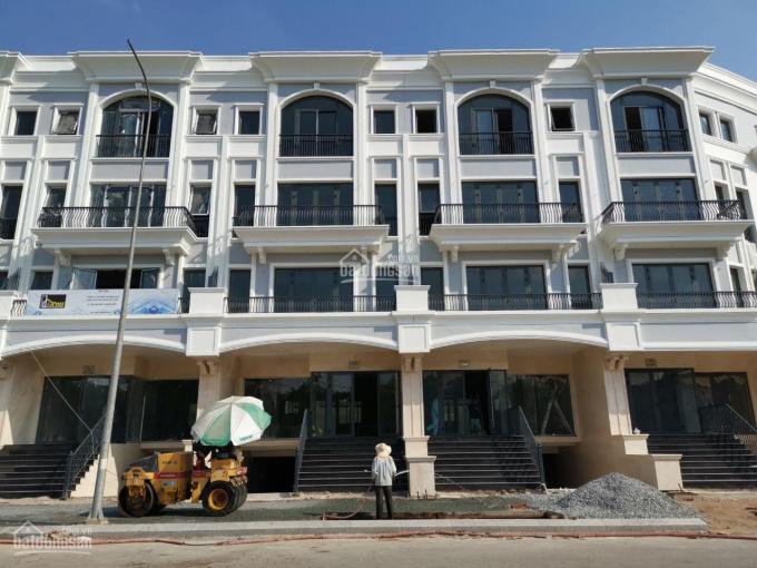 Nhà thô hoàn thiện mặt ngoài 7x22m hầm + 4 lầu Vạn Phúc City thu nhập 60tr/th, giá 16.5 tỷ