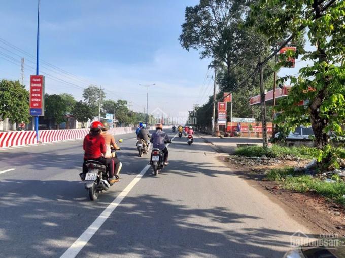 Kẹt tiền bán gấp lô đất 5x42m mặt tiền đường Quốc lộ 13, gần chợ Lai Uyên, sổ hồng, thổ cư