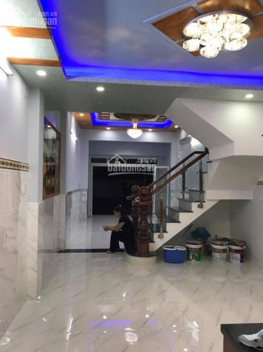 Quận 11 một căn duy nhất giá cực rẻ đường Thái Phiên, DT: 3.6x14m