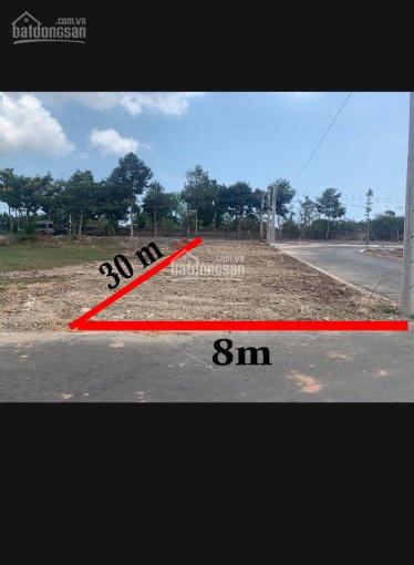 Tôi cần sang ngay lô đất thổ cư 3 mặt tiền, đường QL 55, sổ đỏ, LH: 0938128676 (zalo, viber)