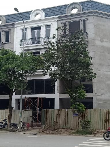 Bán nhà phố Thành Trung, DT 90m2 xây 3.5 tầng, mặt tiền 6m, vỉa hè 8m KD siêu tốt, 0962712556