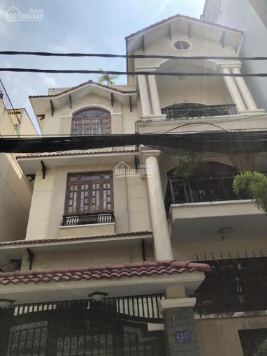 Cho thuê biệt thự mới đường Nguyễn Thị Minh Khai P. Đa Kao Quận 1 10x19m hầm + 4 lầu. Giá 76tr/th