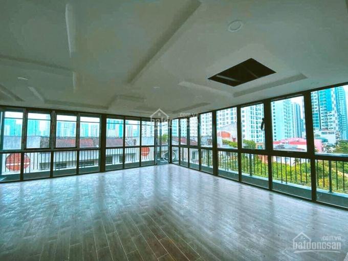 Chính chủ cần cho thuê sàn 210m2 tại 12 Khuất Duy Tiến giá 40 tr/th. Lô góc view siêu đẹp - giá rẻ