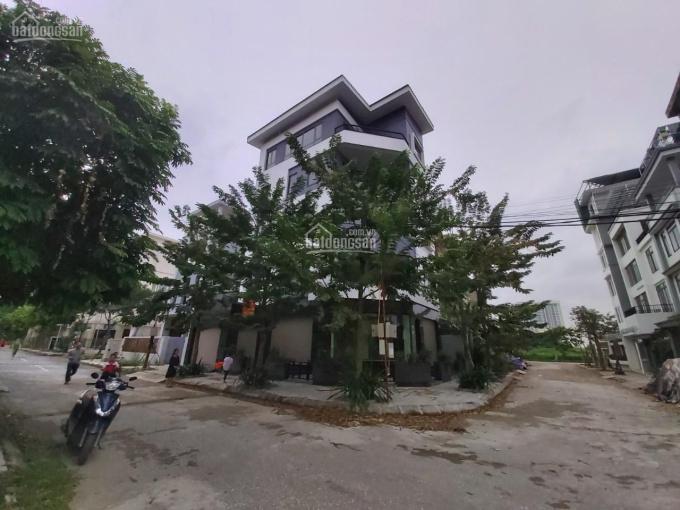 Cho thuê biệt thự tại Nguyễn Xiển, Thanh Xuân, Hà Nội, DT 150m2 x 4 tầng, thông sàn ảnh 0
