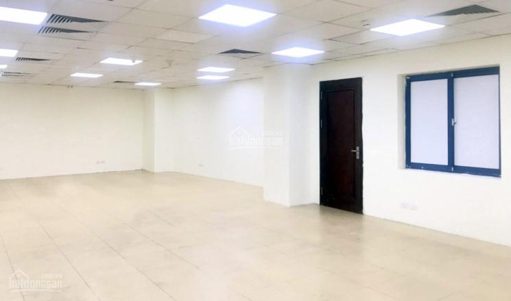 75m2 VP cho thuê tại nhà VP 9 tầng số 18/11 Thái Hà. Giá 16,5 triệu/tháng, LH chủ nhà 0986646169
