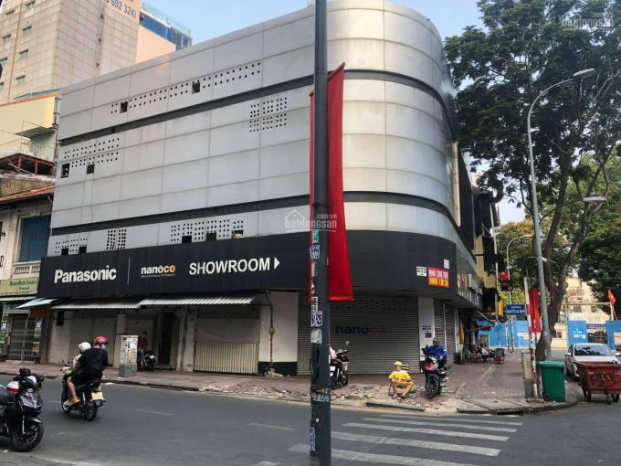 Cho thuê mặt tiền 8x16m Phan Xích Long, hầm 5 tầng, 139 triệu