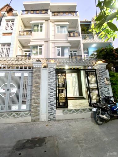 Nhà phố 04 tầng, DT 04x16m, mặt tiền hẻm phù hợp kinh doanh buôn bán, cách Huỳnh Tấn Phát 100m