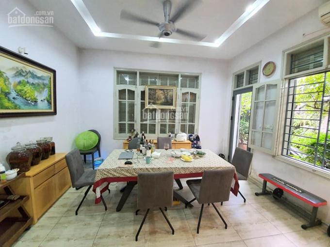 Bán nhà mặt phố Yên Lạc, Hai Bà Trưng, 52m2, MT 4.6m, kinh doanh đỉnh. LH 0989740287
