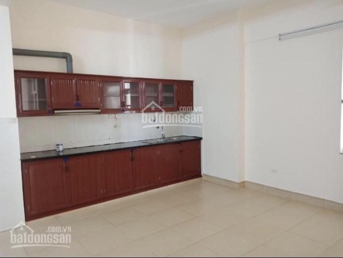 Cho thuê chung cư hợp lí No17 Sài Đồng, Long Biên DT 98m2 nội thất cơ bản gía 5tr5/th LH: 098171619
