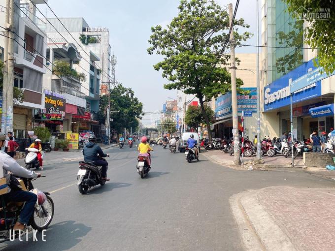 Mặt tiền kinh doanh cực đẹp đường Gò Dầu, P. Tân Sơn Nhì. 6x18m cấp 4, cho thuê 30tr/th-Khương Tân