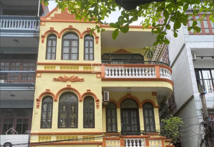 Chính chủ cho thuê nhà mặt tiền 7m, 3 tầng, DT 45m2 phố Thụy Khuê đoạn gần dốc La Pho. Giá 30 tr/th