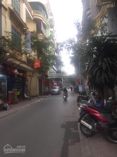 Bán nhà đường Ngọc Lâm, 112m2, mt 6.3m, đường ô tô tránh, vỉa hè rộng, KD tấp nập
