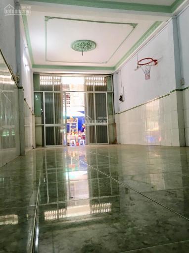 Nhà Minh Phụng ngộp ngân hàng cực rẻ, hẻm 8m, cách MT 2 căn, 1T, 4L, giá 8tỷ399tr, 0972 457 427