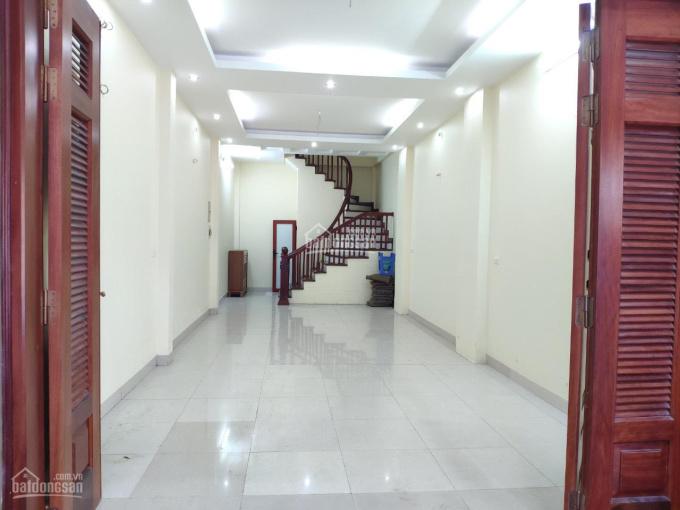 Chính chủ cần cho thuê nhà tại Hà Đông, diện tích 48 m2, LH: 0962163996