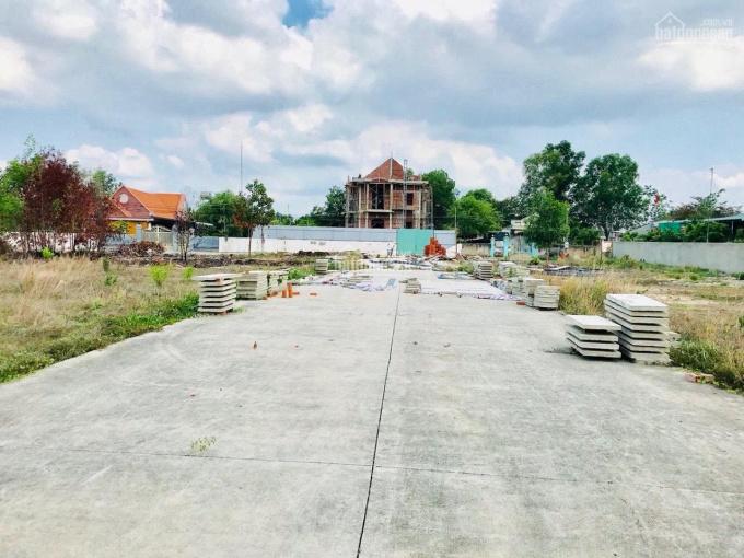 Bán đất ngay khu tái định cư Long An, đối diện trường học cấp 1