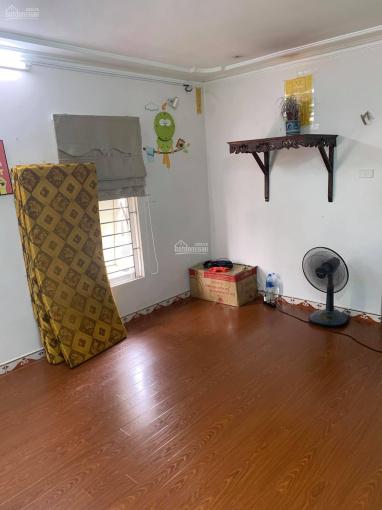 Bán căn hộ khu C Trung Tự đủ đồ, nội thất vip, căn góc ở ngay 40m2 giá chỉ 1.6 tỷ. LH 0916617739